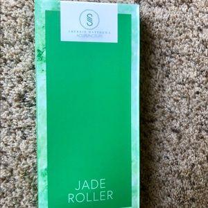 Other - Jade roller